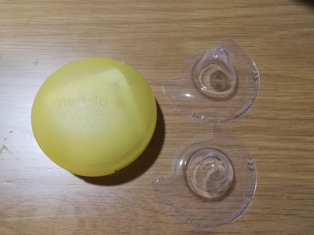 写真:Medelaメデラ乳頭保護器(ニップルシールド)