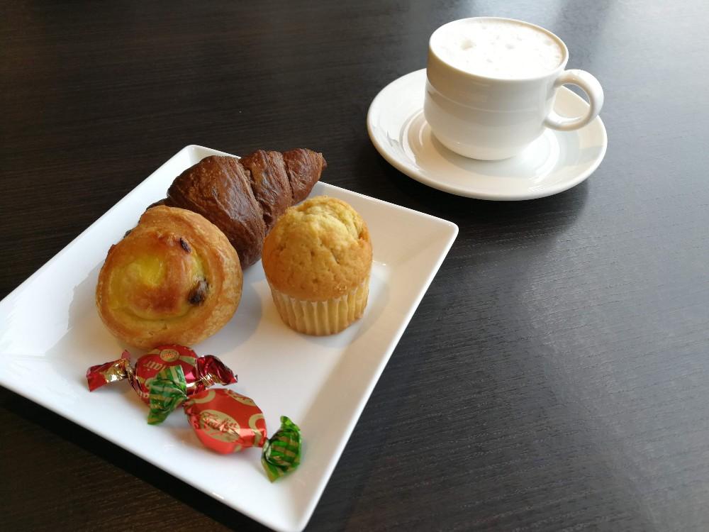 写真:朝食 ホテルインターコンチネンタル東京ベイ クラブラウンジ