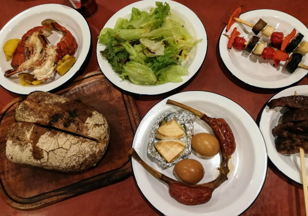 写真:「PICA fujiyama」プライベートグリルプラン 夕食