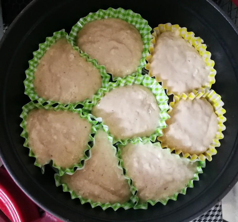 写真:バランスキューブ赤(赤キューブ)で砂糖なしふわふわ蒸しパン 蒸す前